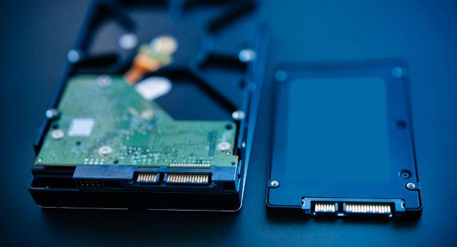 Mua một ổ cứng mới: 7 điều bạn phải biết